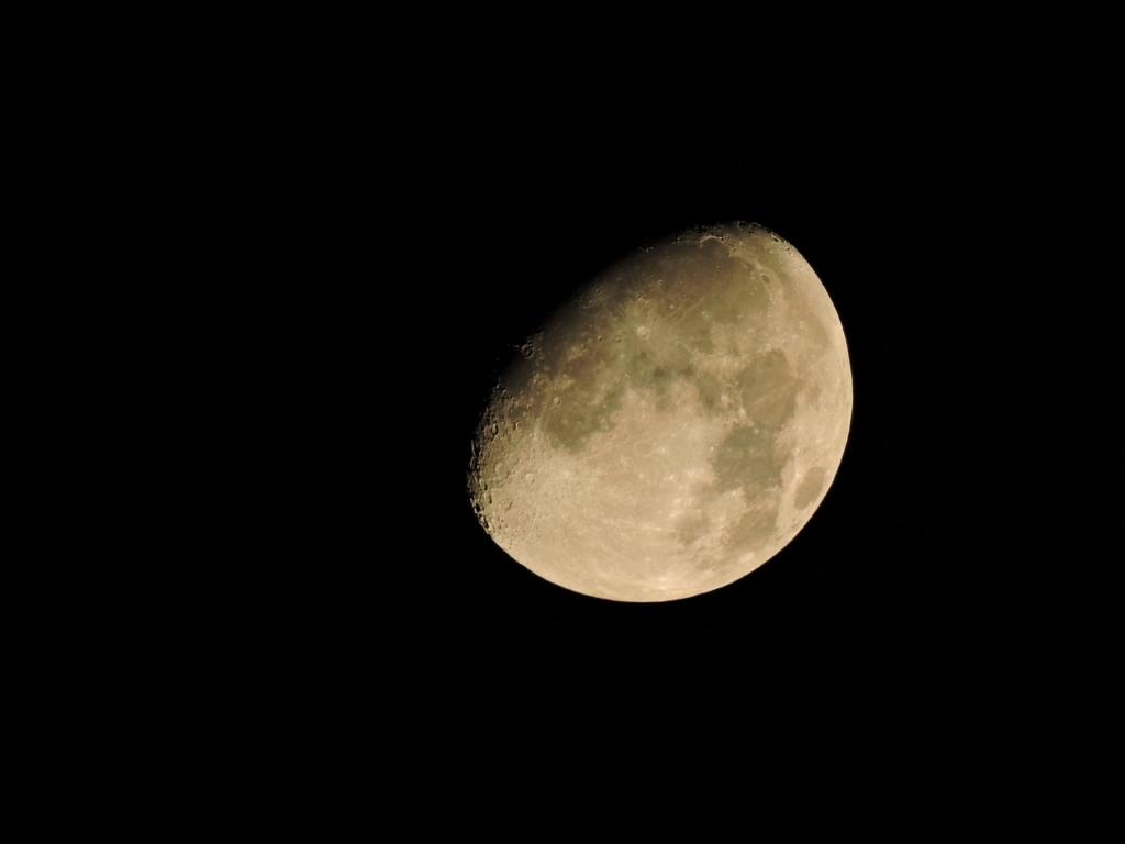 月 上弦 星 ひとみ の